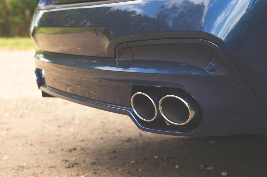 Alpina XD3 2019 UK road test review - exhausts