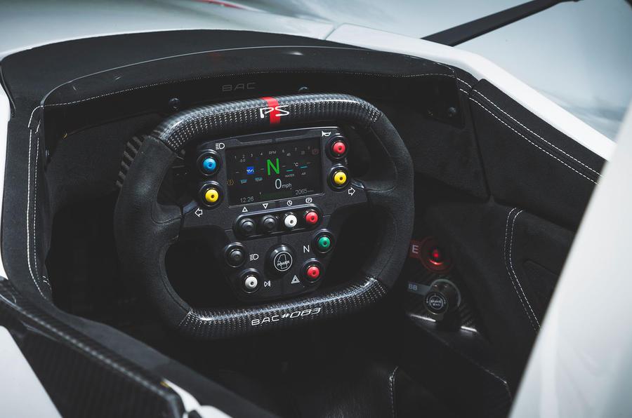 BAC Mono 2018 review - steering wheel