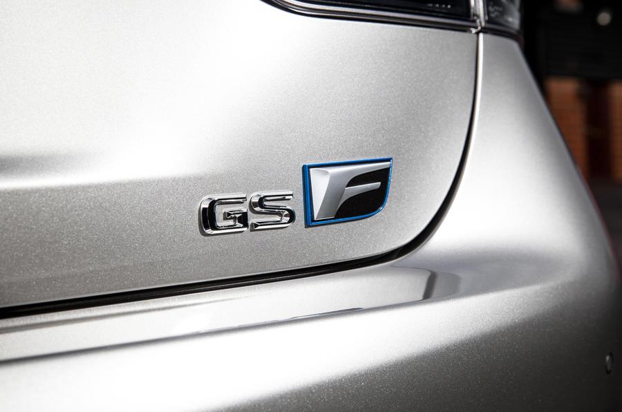 Lexus GS F badging