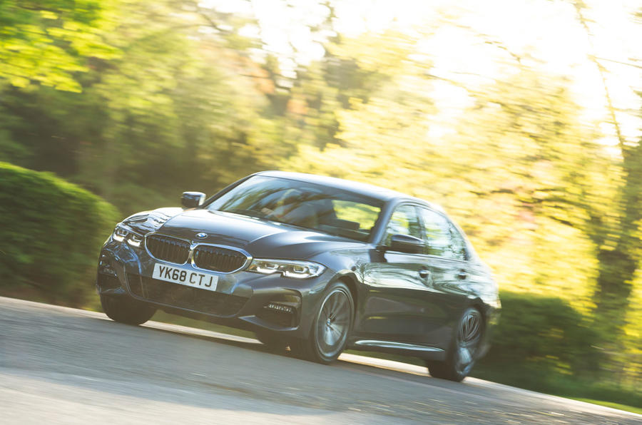 BMW 3 Series 320d 2019 Road Test review - on the road
