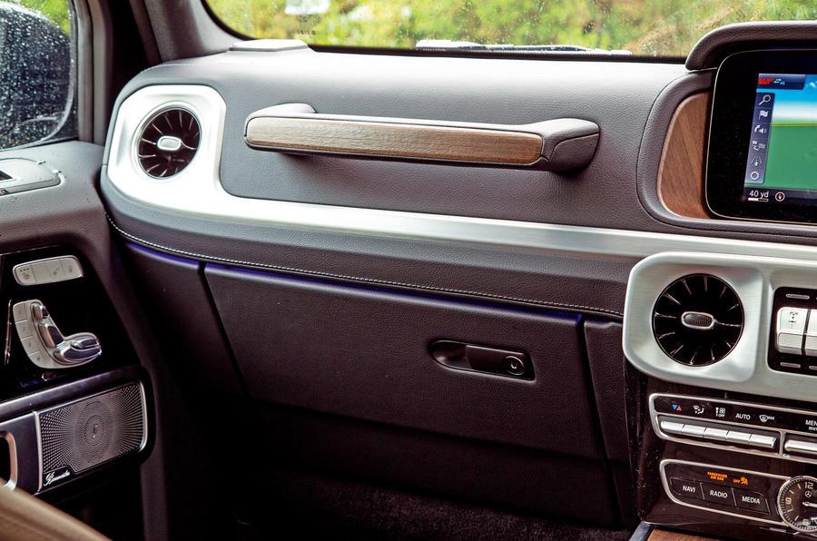 Mercedes-Benz G-Class 2019 road test review - grab handle