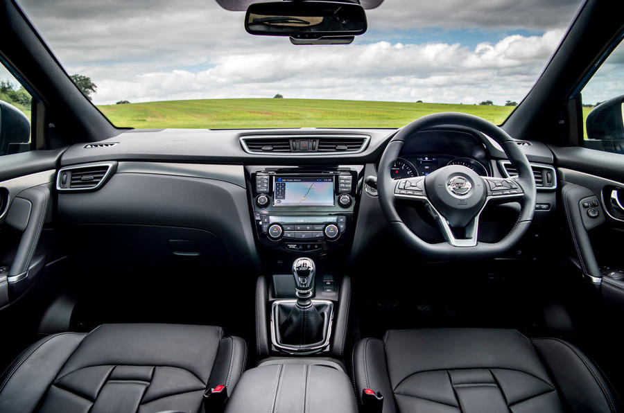 Nissan Qashqai road test review dashboard