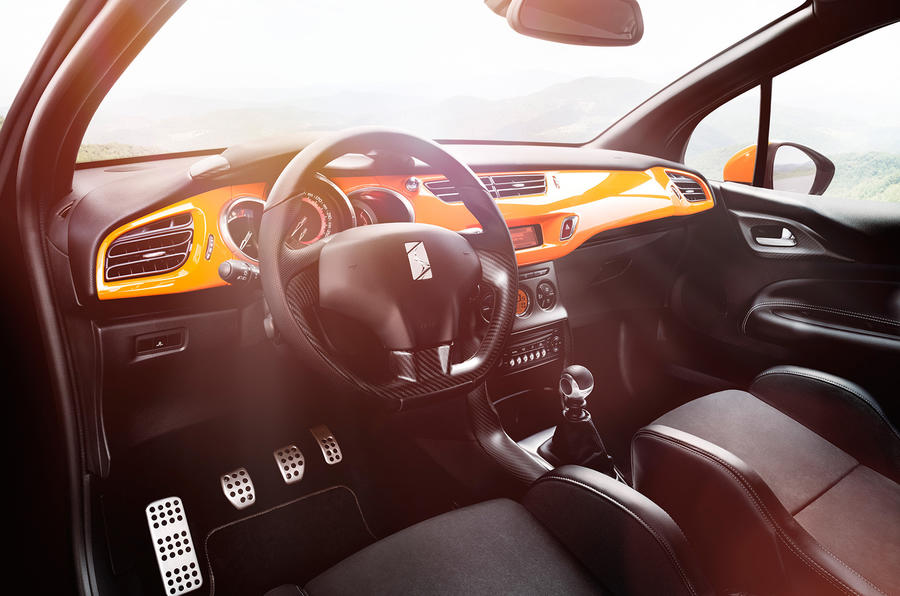 DS3 Racing dashboard