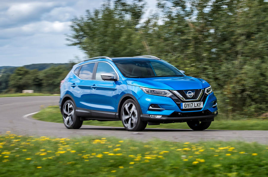 Nissan Qashqai road test review cornering front