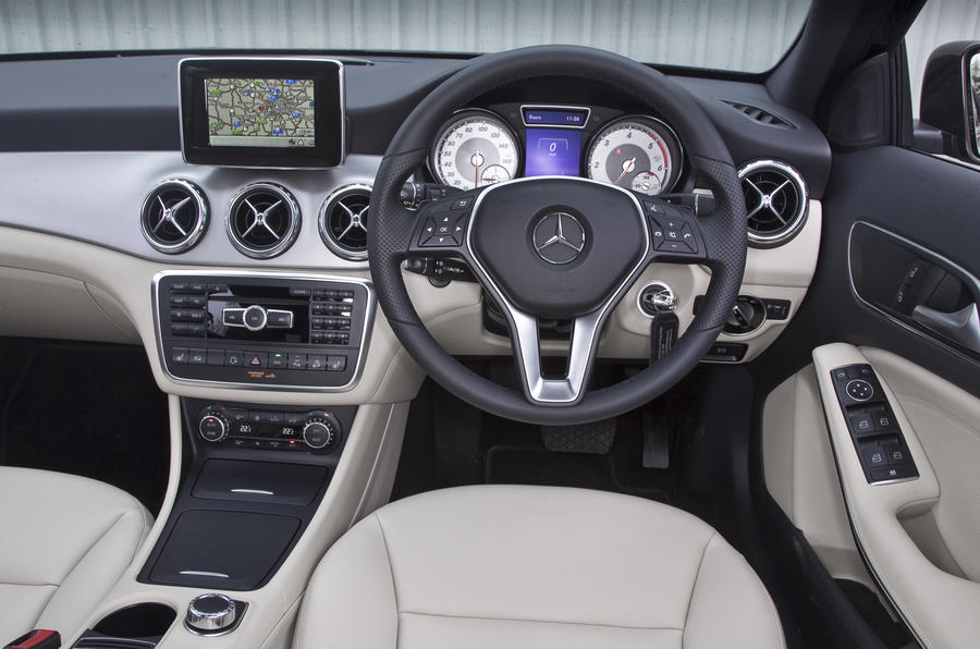 Mercedes-Benz GLA dashboard