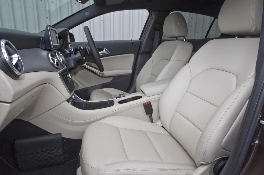 Mercedes-Benz GLA front seats