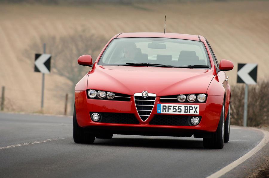 Alfa Romeo 159 cornering