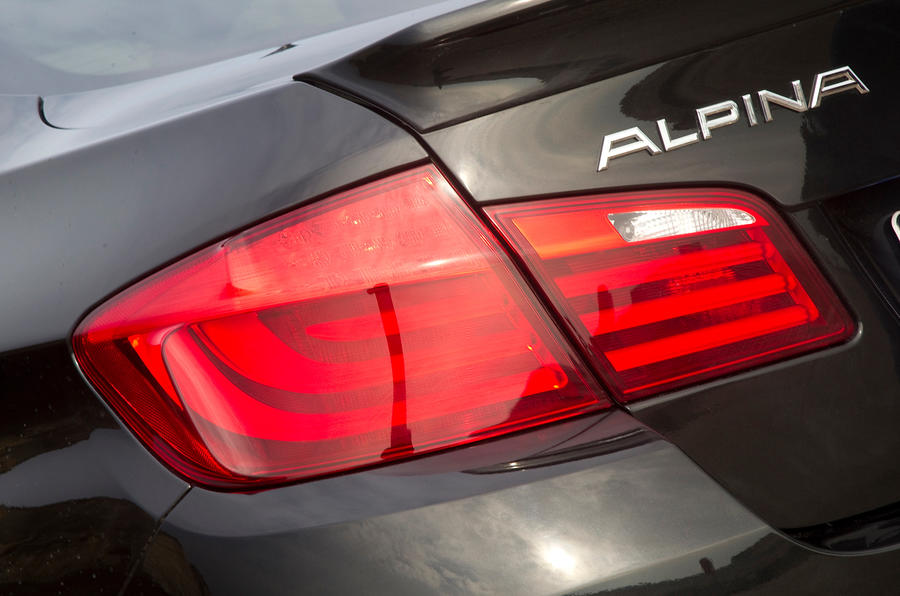 Alpina D5 rear LED lights