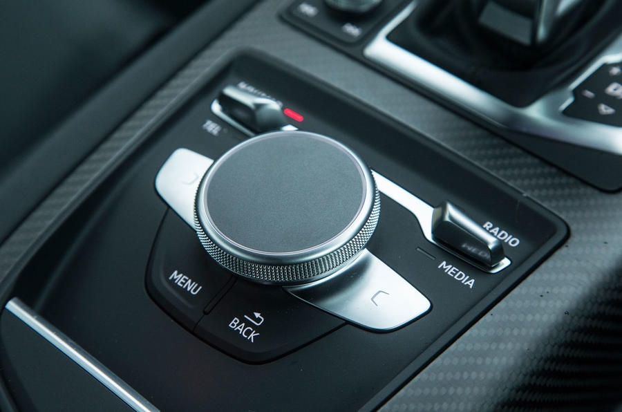 The Audi R8's infotainment controls