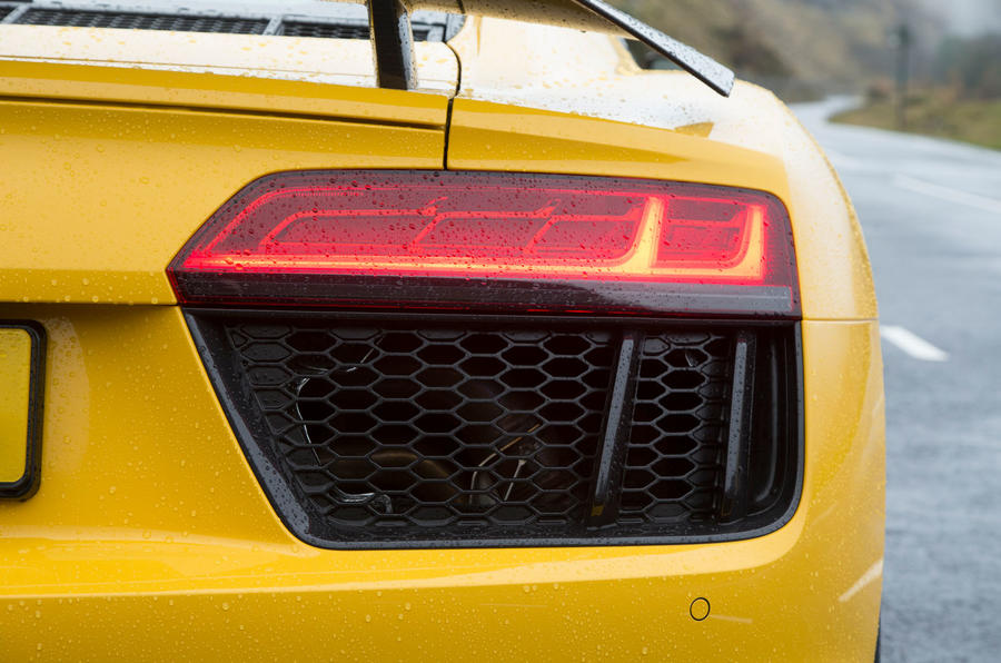 The R8 rear lights also used Audi's LED lights