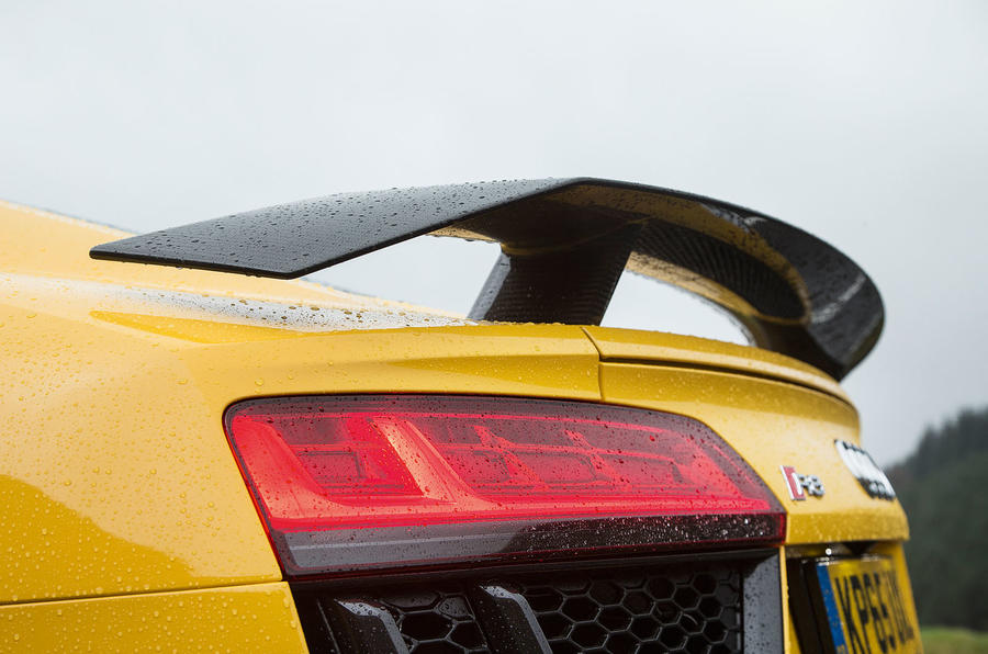 The Audi R8 V10 Plus comes with a fixed wing, while the V10 comes with a retractable wing