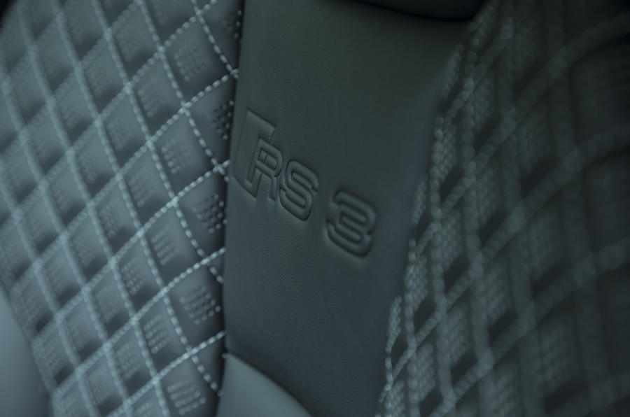 Audi RS3 Sportback diamond-quilted seats