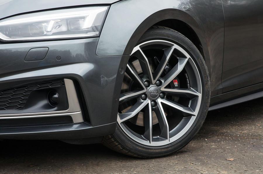 19in Audi S5 alloy wheels