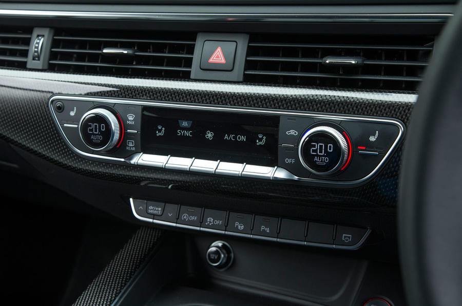 Audi S5 climate controls