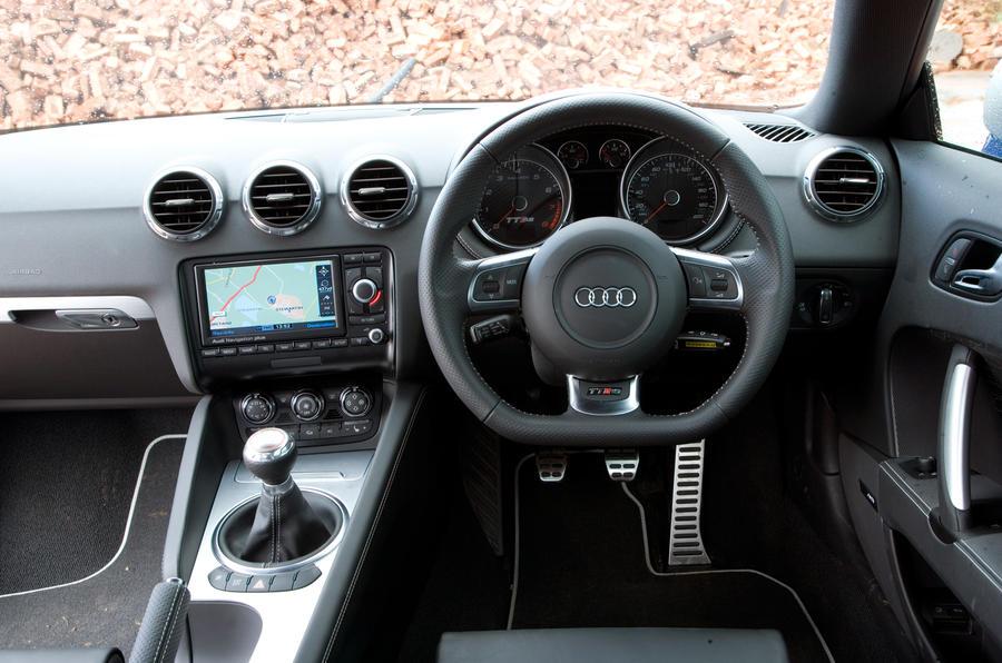 Audi TT RS's dashboard