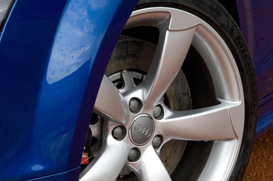 Audi TT RS 18in alloys