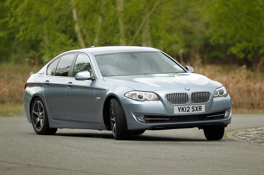 BMW ActiveHybrid 5 cornering