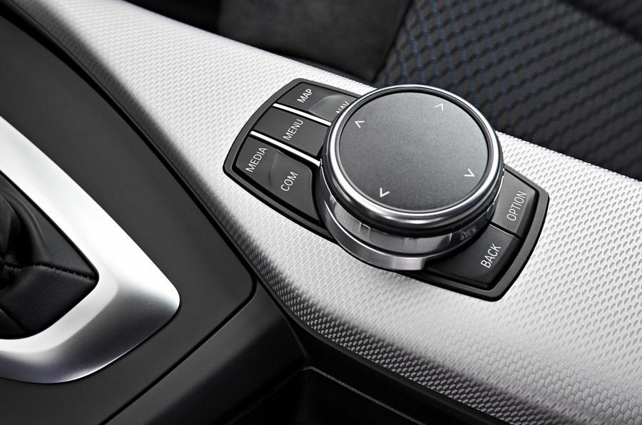 BMW M240i iDrive controller