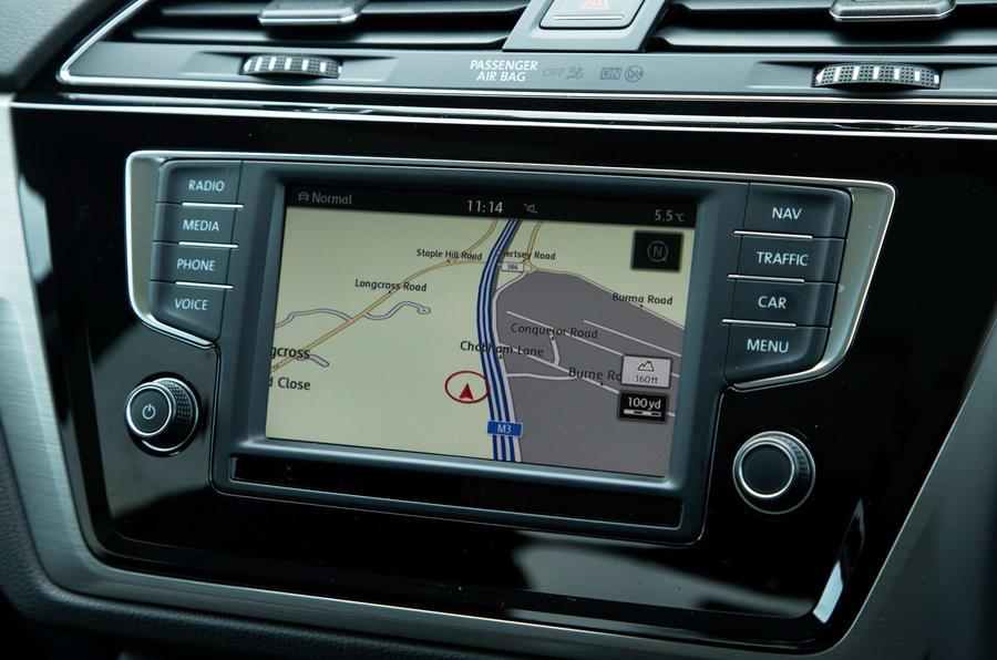Volkswagen Touran infotainment system