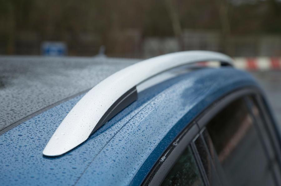 Volkswagen Touran roof rails