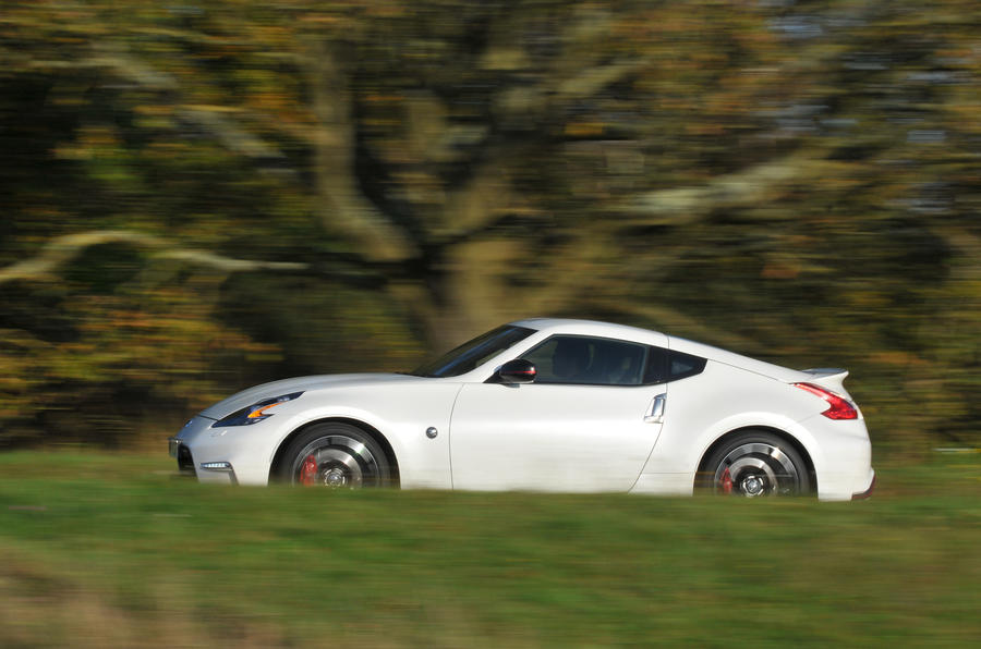 Nissan 370Z Nismo side profile