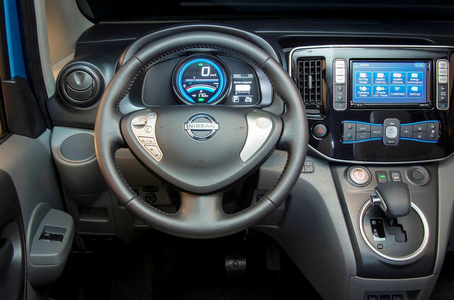 Nissan e-NV200 dashboard