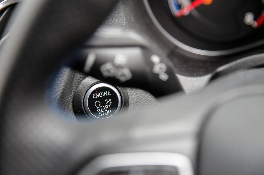 Ford Focus RS power button