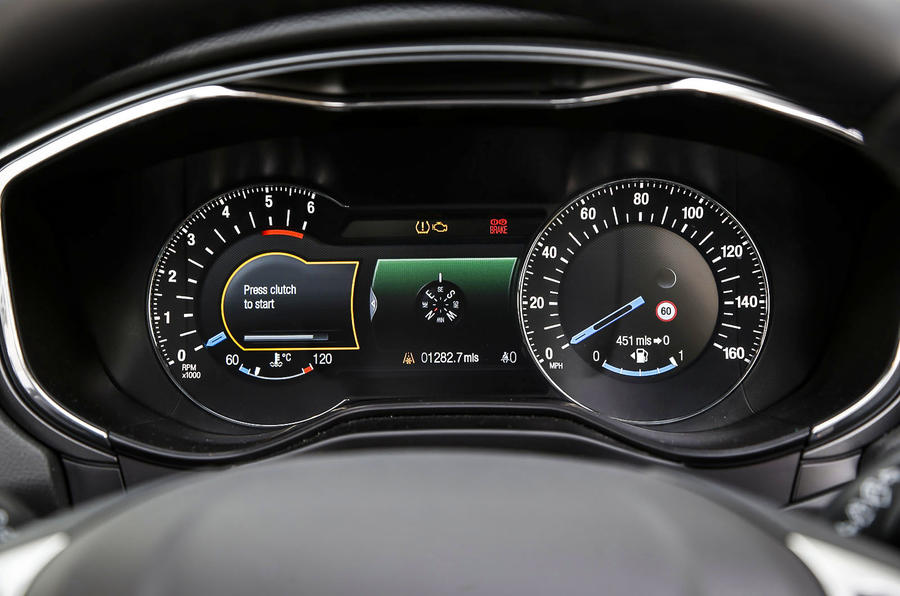 Ford Mondeo instrument cluster