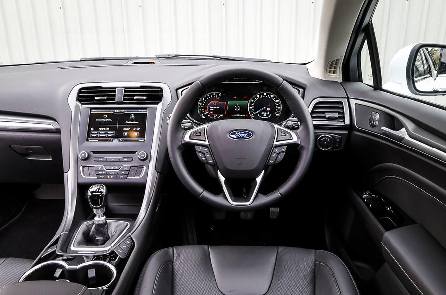 Ford Mondeo dashboard