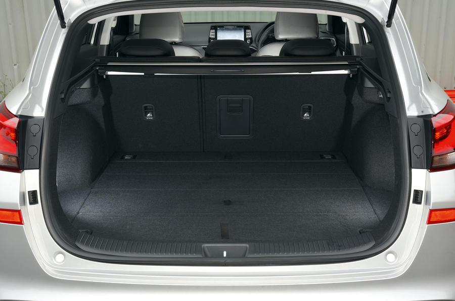 Hyundai i30 boot space