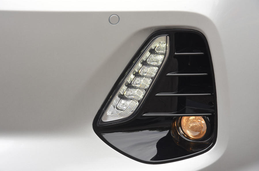 Hyundai i30 LED foglights