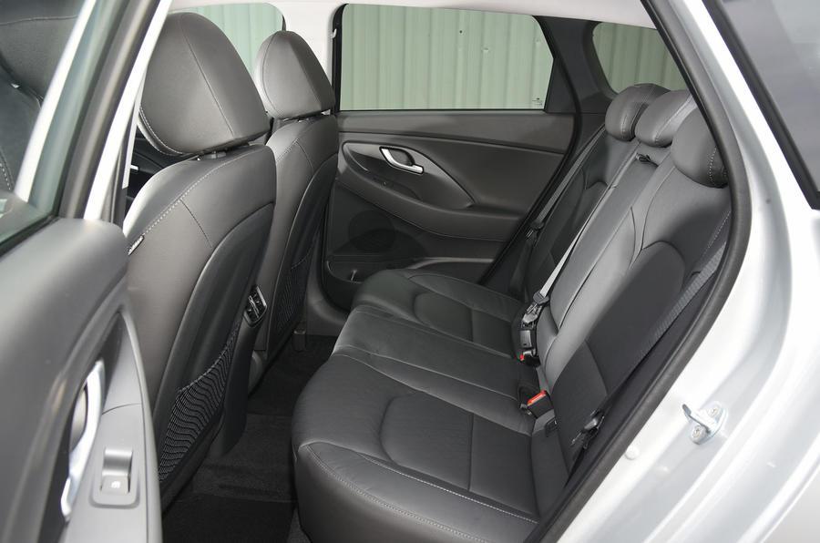 Hyundai i30 rear seats