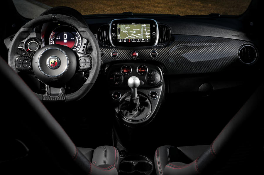 Abarth 595 Essesse 2019 first drive review - dashboard