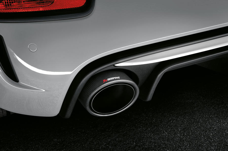Abarth 595 Essesse 2019 first drive review - exhausts