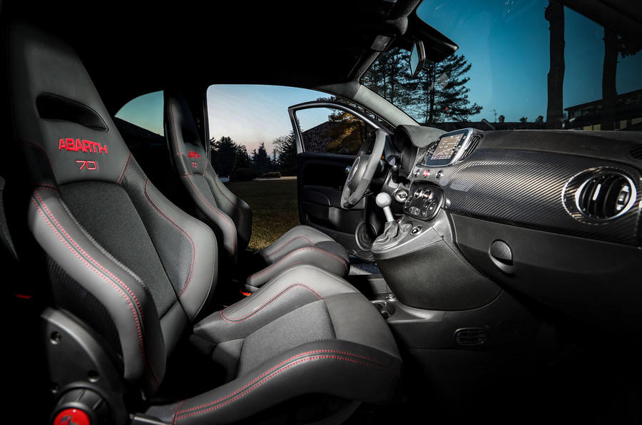 Abarth 595 Essesse 2019 first drive review - cabin