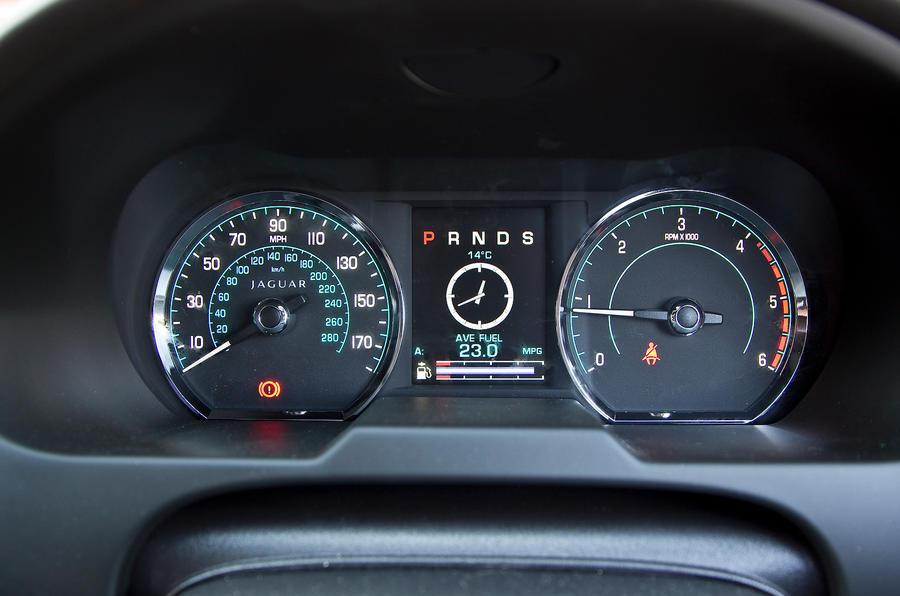 Jaguar XF Sportbrake instrument cluster