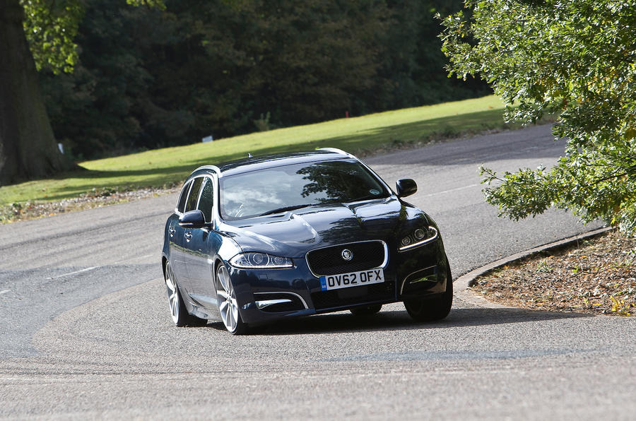 Jaguar XF Sportbrake cornering