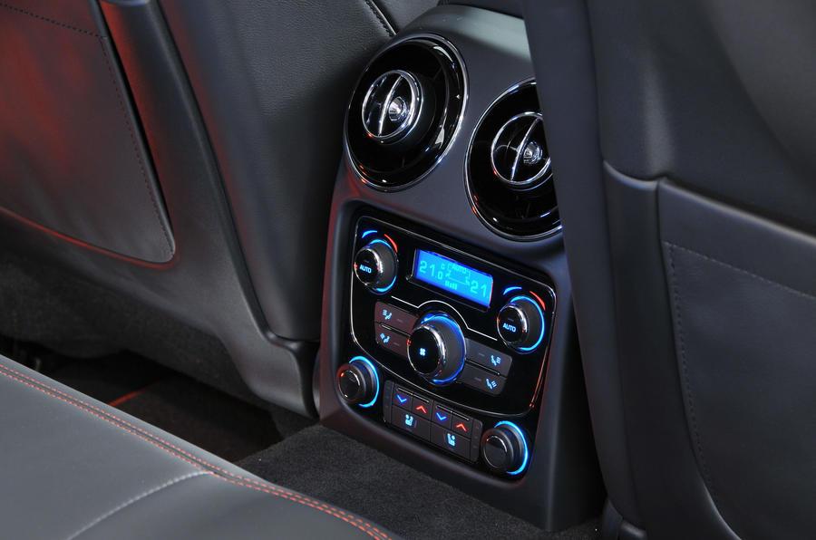Jaguar XJ rear climate controls