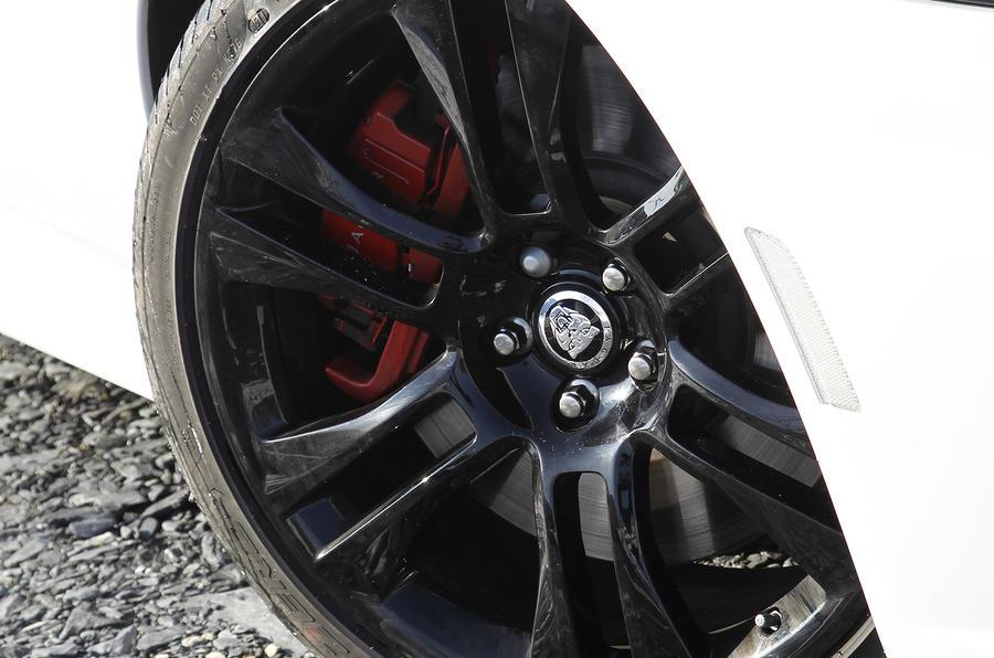 Jaguar XK 20in black alloys