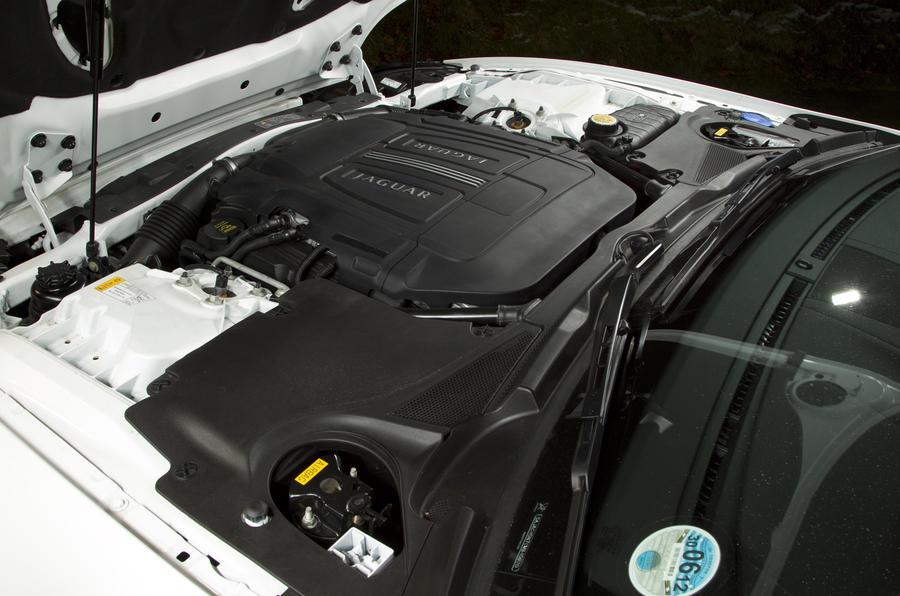 Jaguar XK 5.0-litre V8 engine