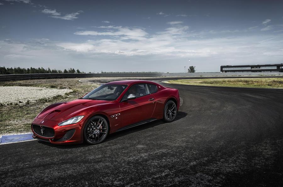 Maserati GranTurismo cornering