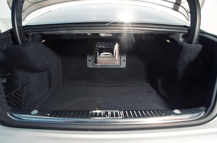 Mercedes-AMG S 63 Coupé boot space