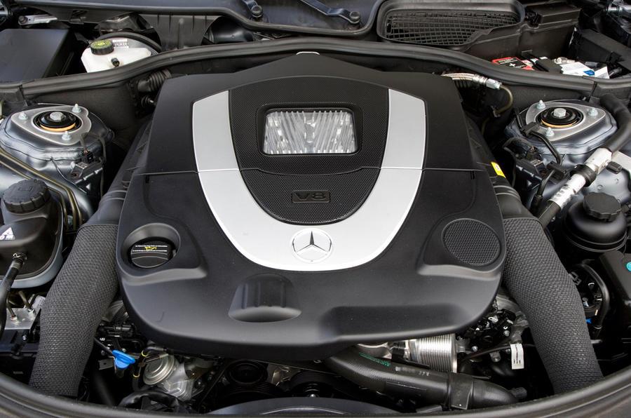 Mercedes-Benz CL 4.7-litre V8 engine