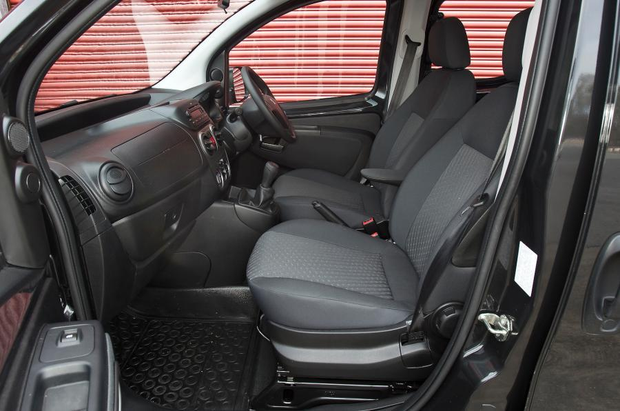 Peugeot Bipper Tepee front seats