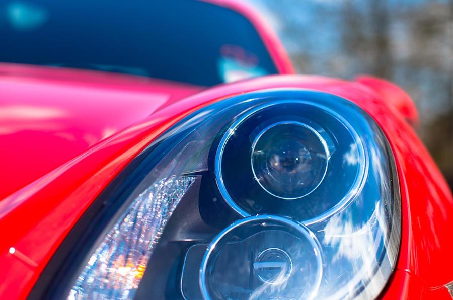 Porsche Cayman bi-xenon headlights
