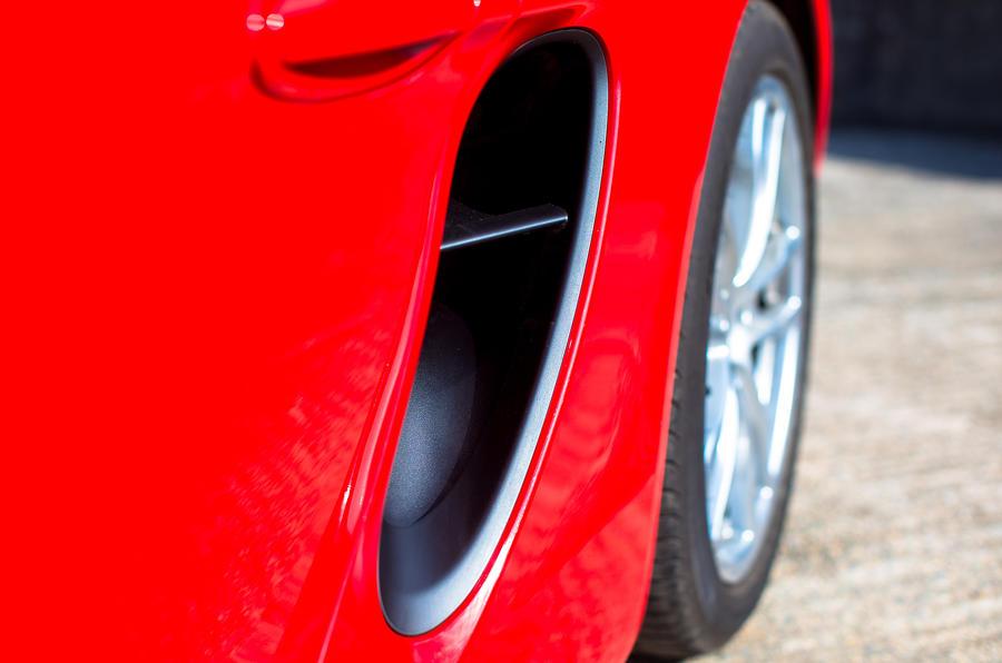 Porsche Cayman side air scoop