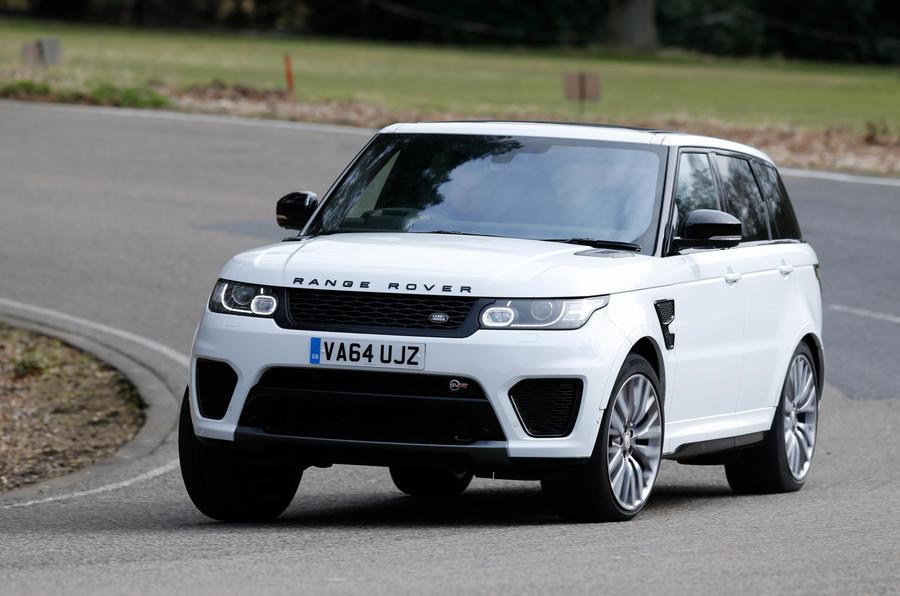 Range Rover SVR cornering