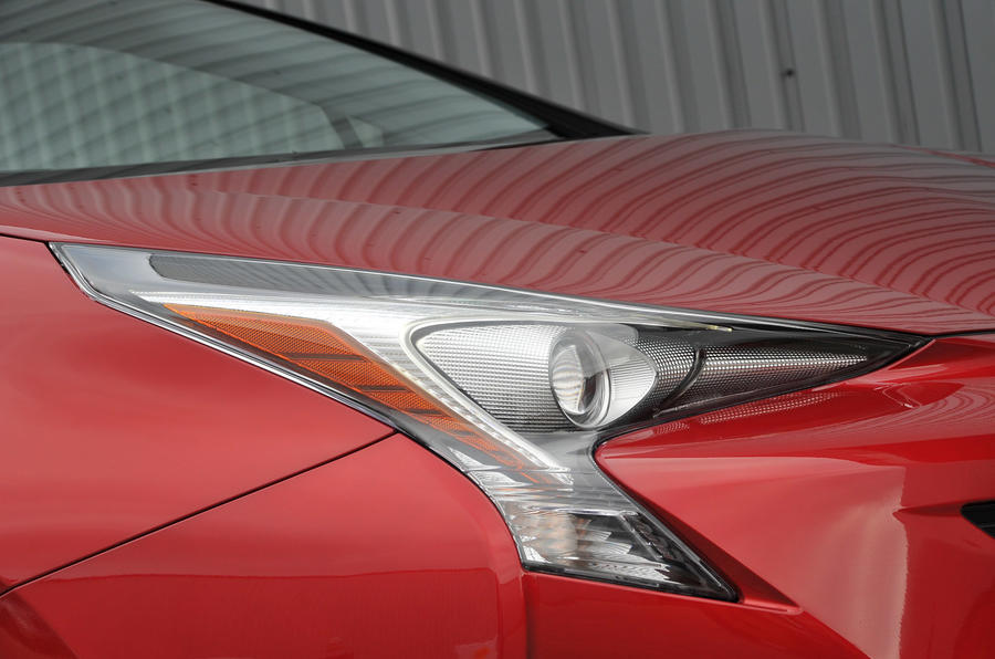 Toyota Prius front lights