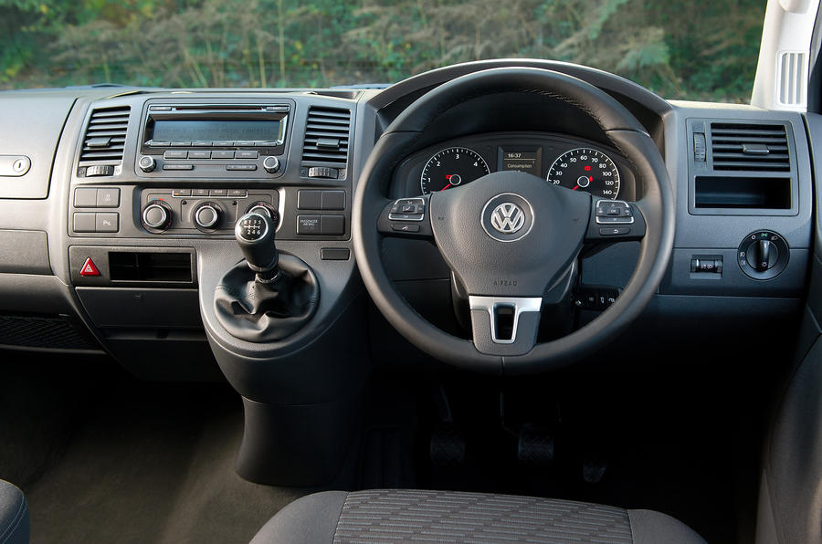 Volkswagen Caravelle dashboard