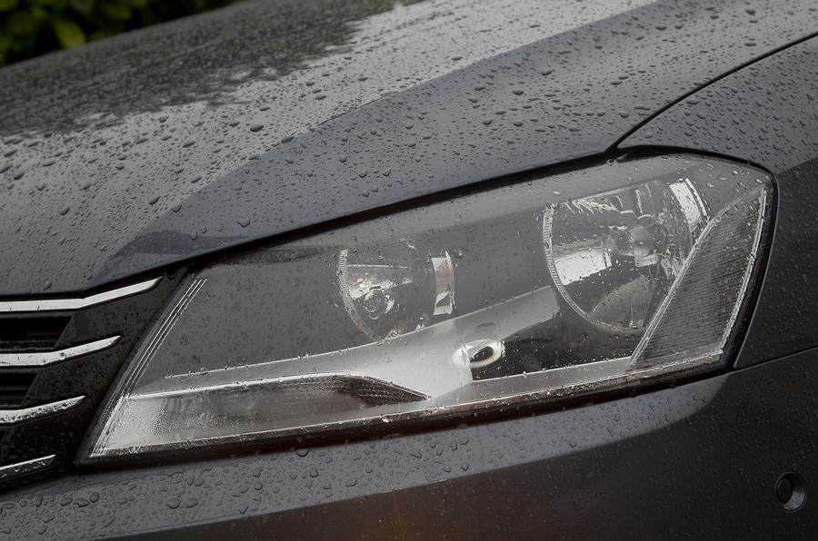 Volkswagen Passat headlight